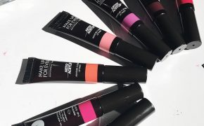 Batom Artist Acrylip Make Up For Ever